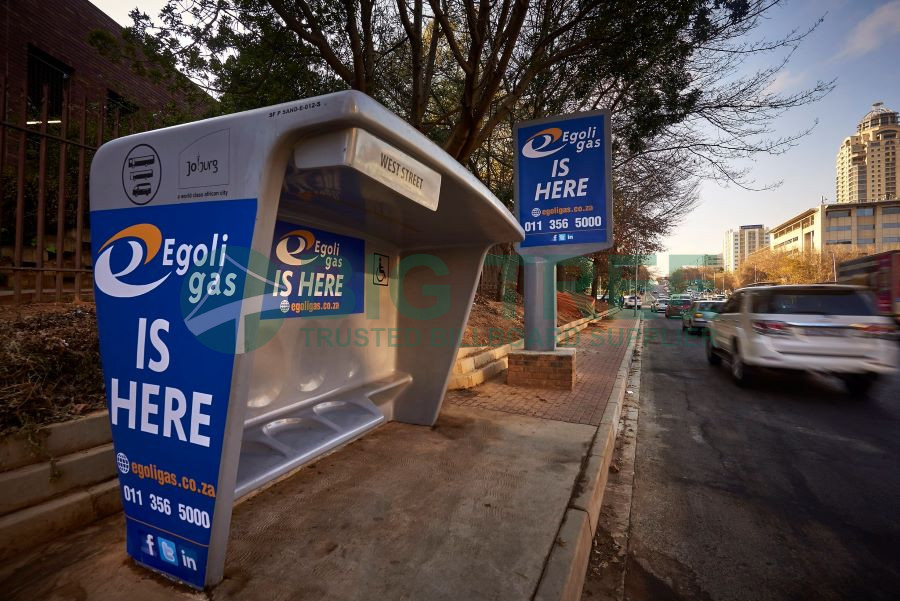 Bus shelter advertising-900b