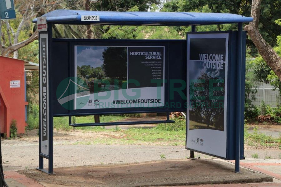 Bus shelter advertising-900c