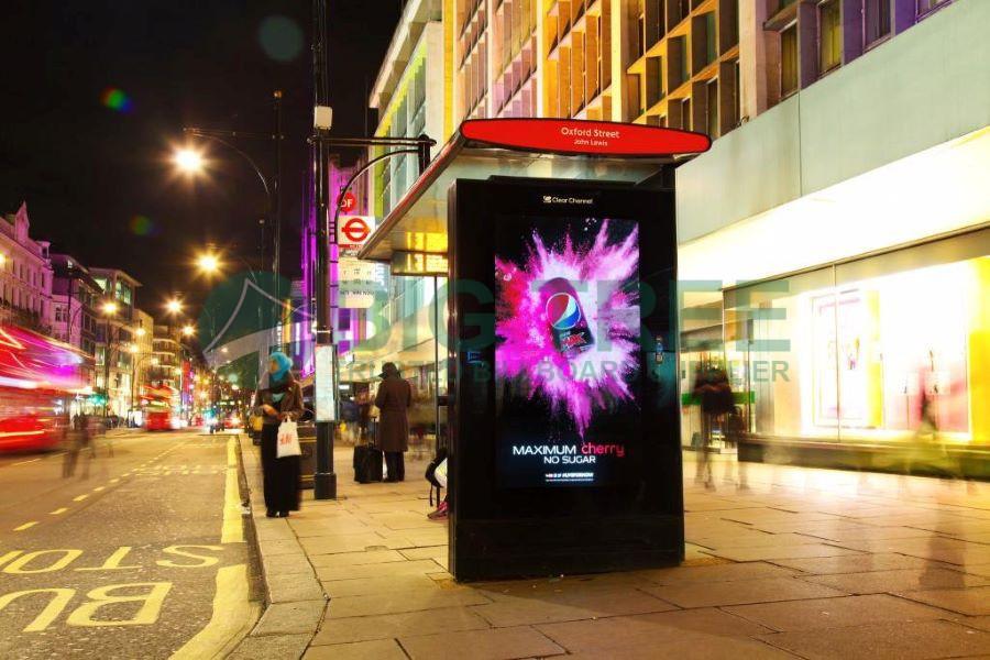 Bus shelter advertising-900d