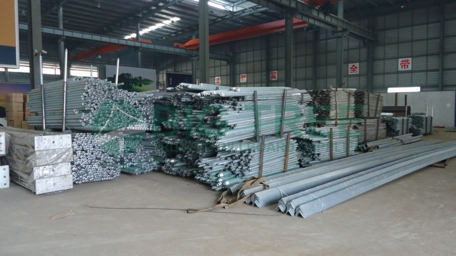 hot dip galvanized billboards with space grid structure-900